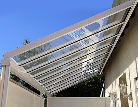 Lichtdurchlässige Dacheindeckung