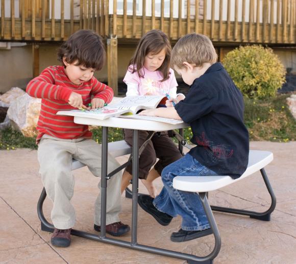 Lifetime Kunststoff Kinder Picknickgarnitur Sitzgarnitur beige