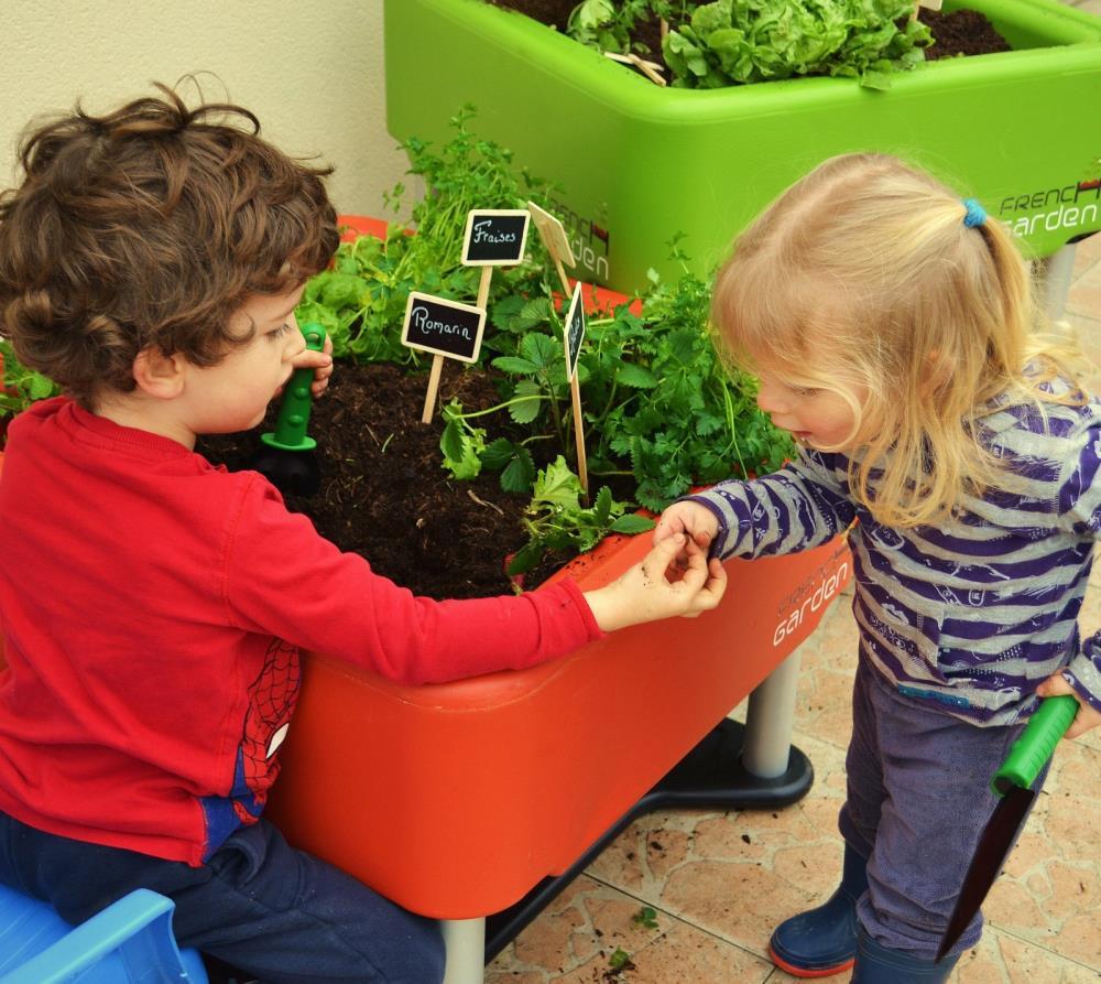 french garden mobiler zimmergarten pflanzgefäß hochbeet rot, Garten und Bauen